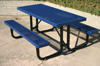 Stanley City Park Table